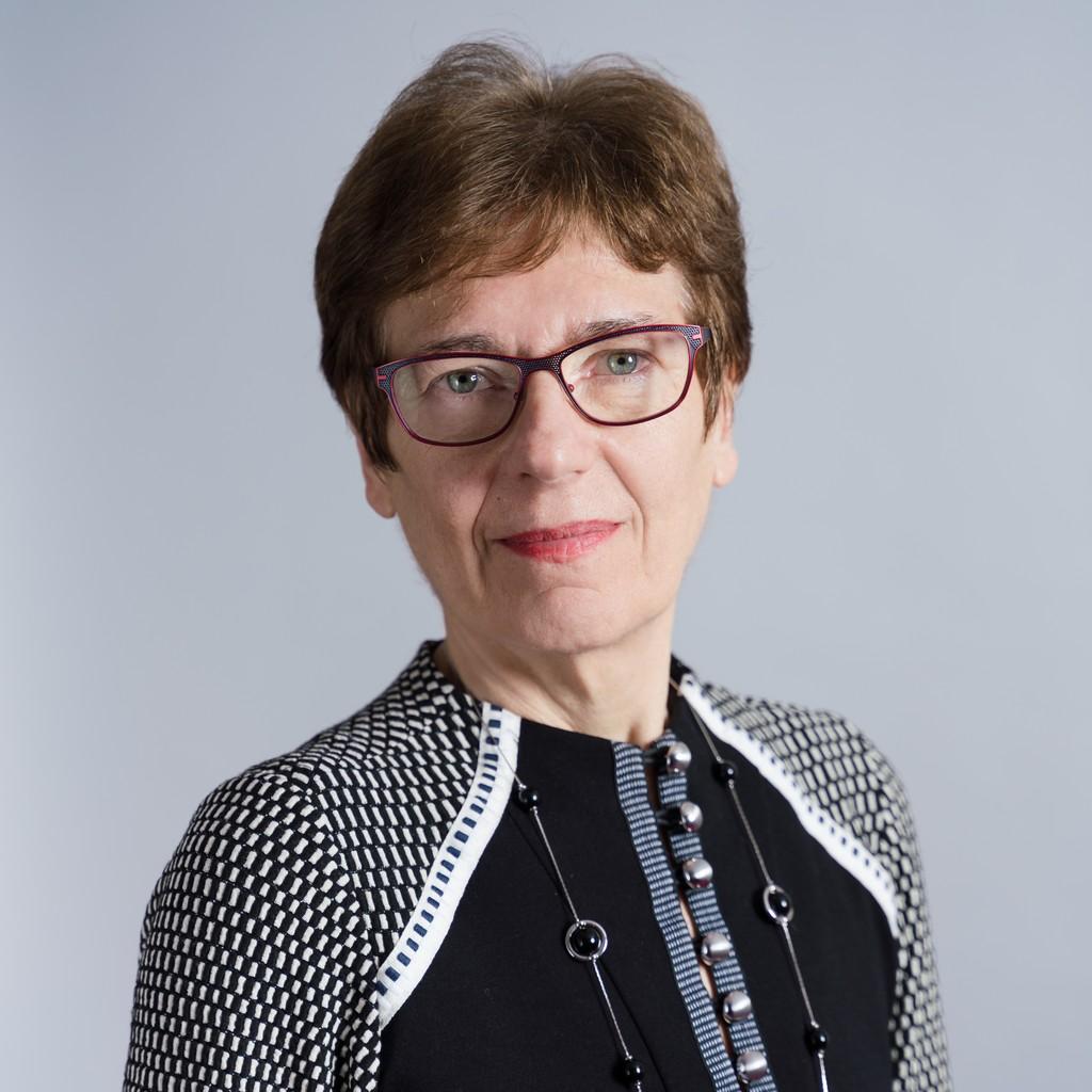 Evelyne Roux